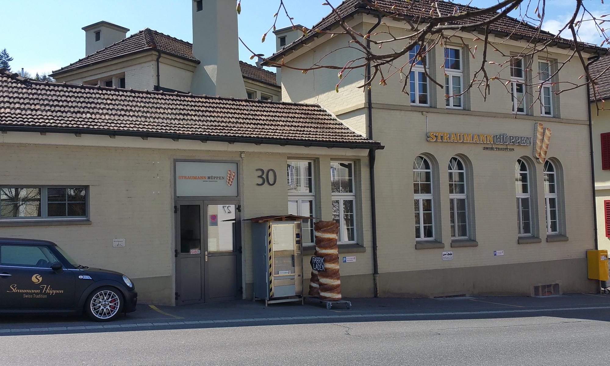 Gebäude der Straumann Hüppen Manufaktur in Wädenswil